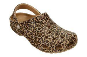 Zueco estampado Crocs Classic Leopard