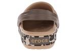 zueco-estampado-crocband-leopard-crocs-dorado-2
