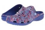zueco-mujer-freesail-watercolor-crocs-azul-6
