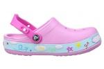 zueco-nina-crocband-hello-kitty-plane-crocs-rosa-6
